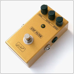 ZCAT Step Filter is a Resonant Filter controlled by internal Step Sequencer in a compact handmade boutique guitar effects pedal.